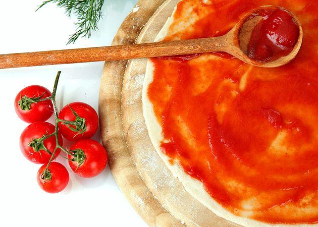 Простой рецепт теста для пиццы с дрожжами