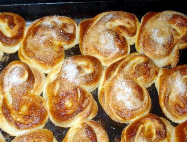 Рецепт булочек розочки с сахаром в духовке рецепт с фото