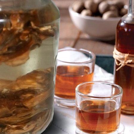 Рецепт как настоять самогон на перегородках грецкого ореха