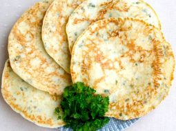 recept-lepeshki-na-skovorode-s-zelenju_1.jpg