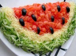 recept-salata-arbuznaja-dolka-poshagovyj-recept_1.jpg