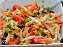 recept-salata-iz-kurinoj-grudki-kopchenoj_1.jpg