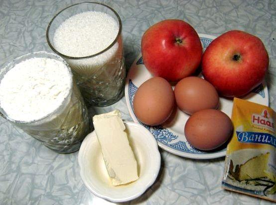 Рецепт шарлотка с яблоками с маргарином