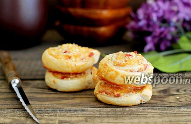 Рецепт слойки с ветчиной и сыром с фото