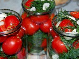recept-solenyh-pomidorov-na-zimu-v-bankah_1.jpeg