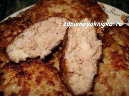 recept-tefteli-iz-farsha-s-risom-recept_1.jpg