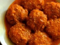 recept-tefteli-s-risom-v-tomatnom-souse-s-foto_1.jpg