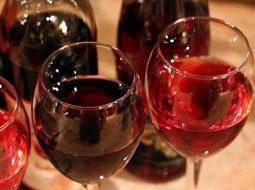 recept-vina-iz-maliny-v-domashnih-uslovijah-bez_1.jpg