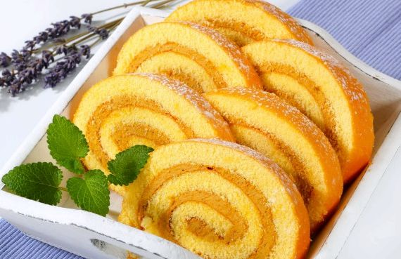 Рулет из бисквитного теста рецепт с фото