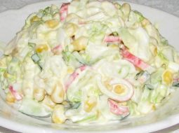 salat-krabovyj-recept-s-ogurcom-i-kukuruzoj_1.jpg