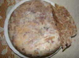 saltison-iz-svinoj-golovy-recept-s-foto_1.jpg