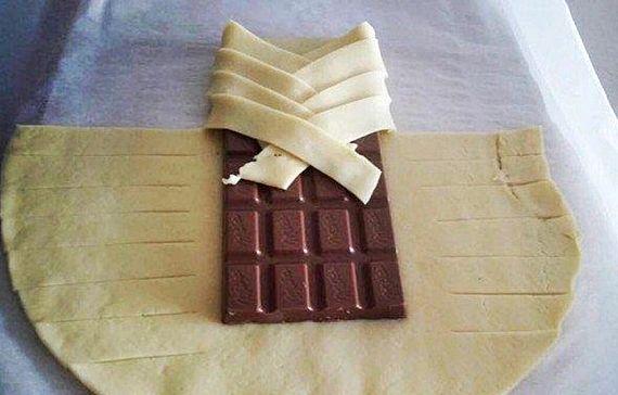 Слойки с шоколадом из слоеного теста рецепт с фото