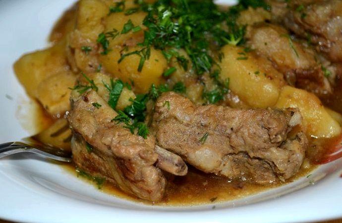Свиные ребрышки с картошкой рецепт с фото