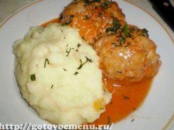 tefteli-s-tomatno-smetannom-souse-recept-s-foto_1.jpg