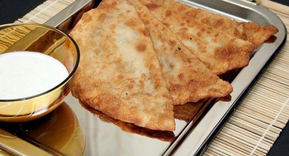 Тесто для чебуреков рецепт в хлебопечке с фото