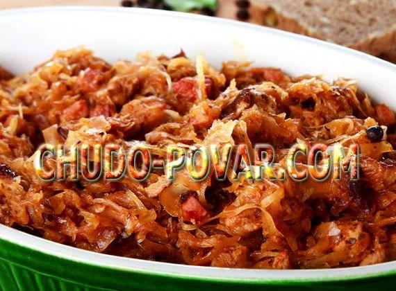 Тушеная капуста с тушенкой на сковороде рецепт