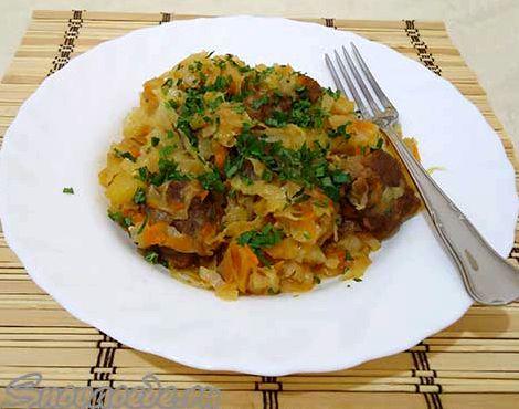 Тушеная свежая капуста с картошкой и мясом рецепт с фото