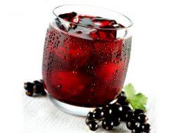 vino-iz-kryzhovnika-i-krasnoj-smorodiny-v_1.jpg