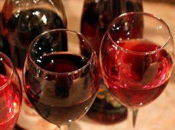 vino-iz-lesnoj-klubniki-v-domashnih-uslovijah_1.jpg