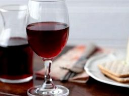 vino-v-domashnih-uslovijah-recept-iz-jagod_1.jpg