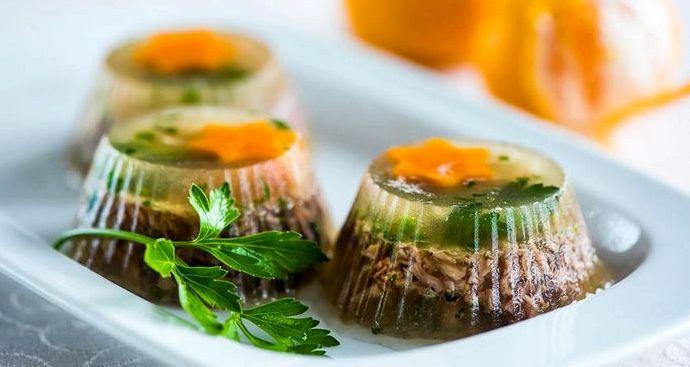 Заливное из свинины с желатином рецепт с фото